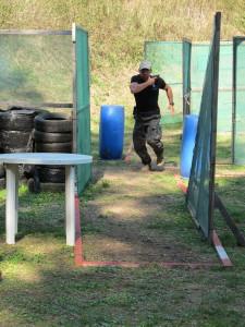 Střelci musí mít dobrou fyzičku. Čas byl jedním z rozhodujících faktorů hodnocení stage