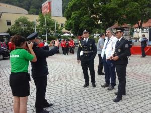 naši representanti v uniformách v očekávání zahájení